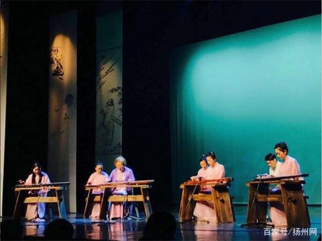 广陵传习音乐会 静听琴说用古琴演绎扬州故事